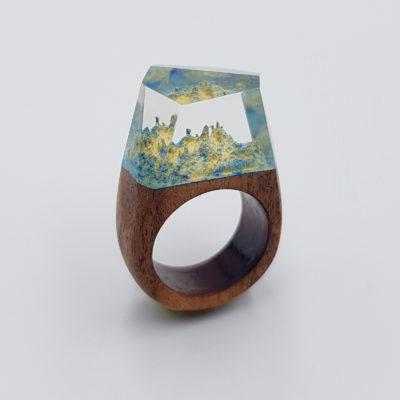 δαχτυλίδι ρητίνης γαλάζιο και κίτρινο