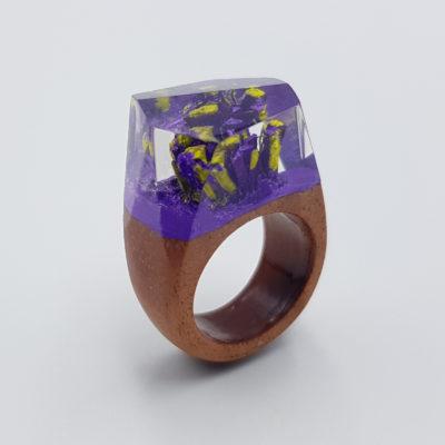 δαχτυλίδι ρητίνης μοβ και κίτρινο