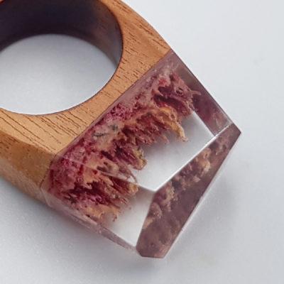 δαχτυλίδι από υγρό γυαλί ροζ και κίτρινο