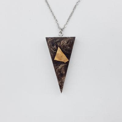 κολιέ ρητίνης τρίγωνο καφέ και ξύλο ελιάς μικρό