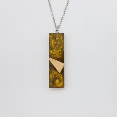 Κολιέ ρητίνης ίσιο χρυσό με ξύλο ελιάς μικρό