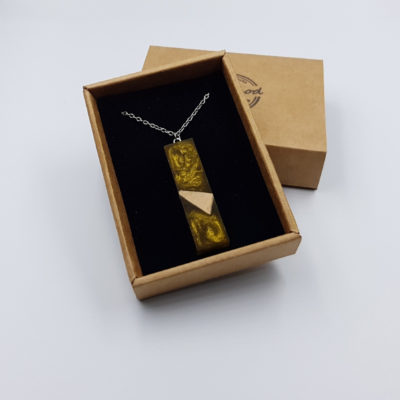 Κολιέ από υγρό γυαλί ίσιο χρυσό με ξύλο ελιάς μικρό