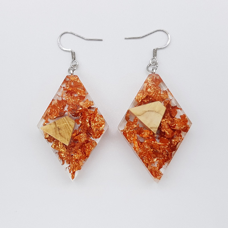 Resin earrings, rhombus with precious copper leaf and olive wood