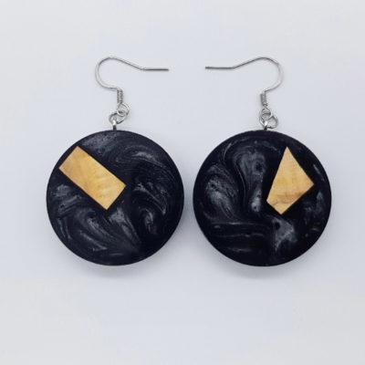 Σκουλαρίκια ρητίνης μαύρα στρογγυλά με ξύλο ελιάς