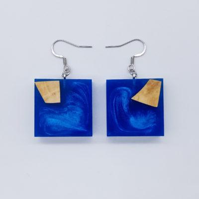 Σκουλαρίκια ρητίνης μπλε τετράγωνα με ξύλο ελιάς