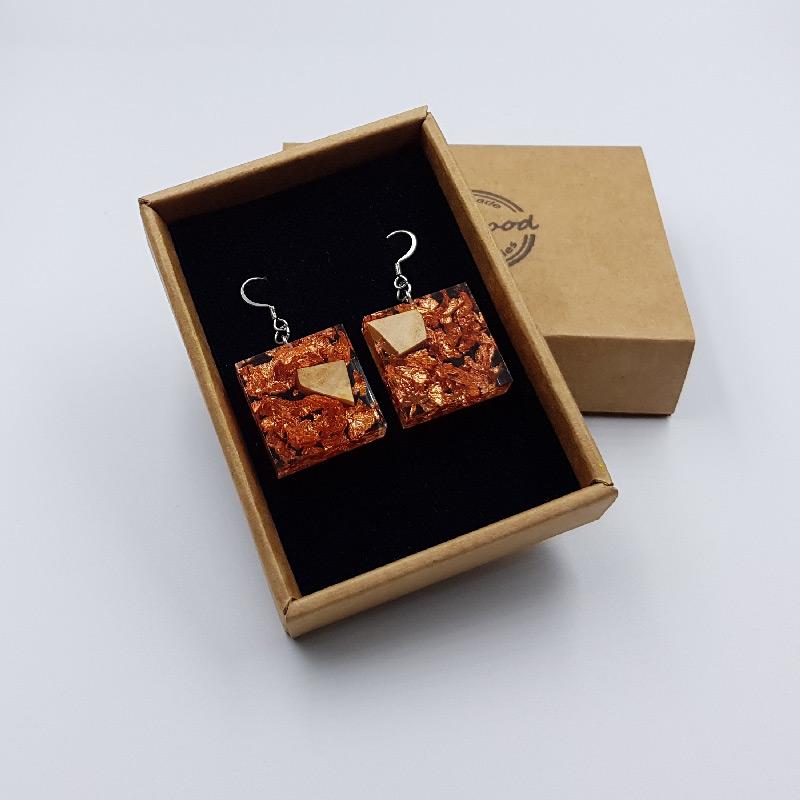 σκουλαρίκια από υγρό γυαλί τετράγωνα με φύλλα χαλκού και ξύλο ελιάς