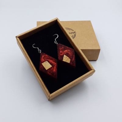 Resin earrings, rhombus in red color with  wood