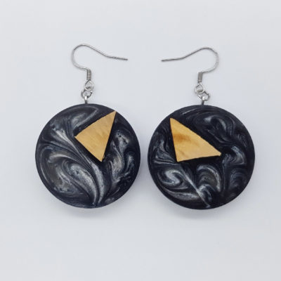 Resin earrings, rounds in gray color with olive wood