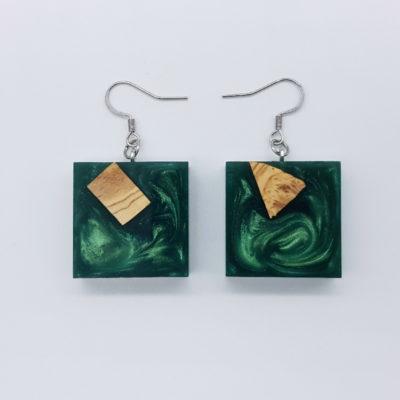 Σκουλαρίκια ρητίνης πράσινα τετράγωνα με ξύλο ελιάς