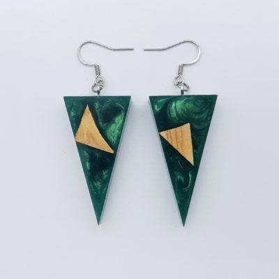 Σκουλαρίκια ρητίνης πράσινα τρίγωνα με ξύλο ελιάς