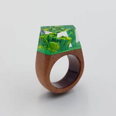 δαχτυλίδι ρητίνης πράσινο και κίτρινο