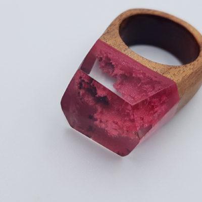 δαχτυλίδι από υγρό γυαλί κόκκινο