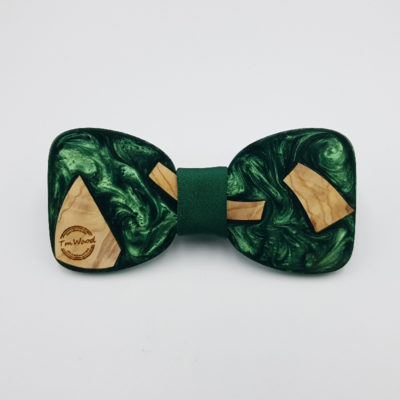 Παπιγιόν ρητίνης πράσινο με ξύλο ελιάς