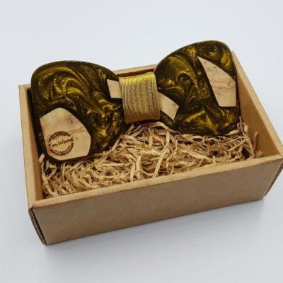 Παπιγιόν από υγρό γυαλί χρυσό με ξύλο ελιάς