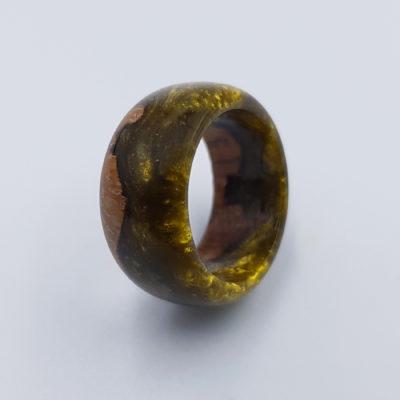 δαχτυλίδι ρητίνης χρυσό