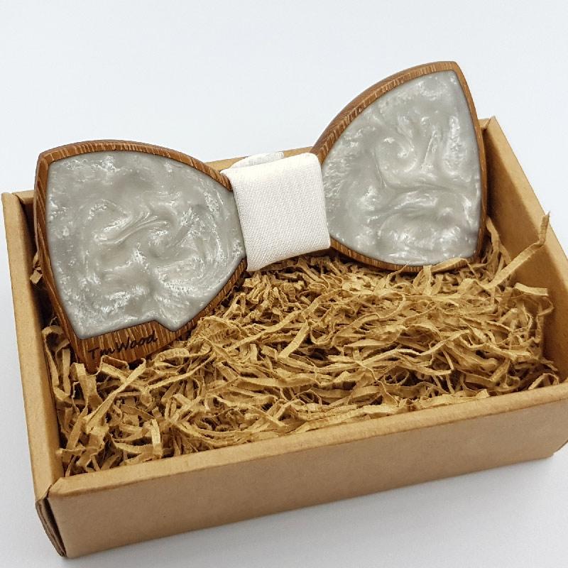 Παπιγιόν από υγρό γυαλί άσπρο με ξύλινο πλαίσιο