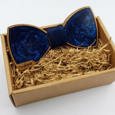 Παπιγιόν από υγρό γυαλί σκούρο μπλε με ξύλινο πλαίσιο
