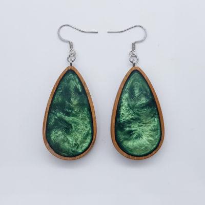 Σκουλαρίκια ρητίνης πράσινα σταγόνα με ξύλινο πλαίσιο