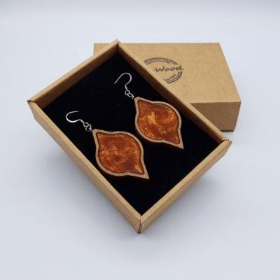 Σκουλαρίκια από υγρό γυαλί πορτοκαλί στρόγγυλο με μύτες με ξύλινο πλαίσιο