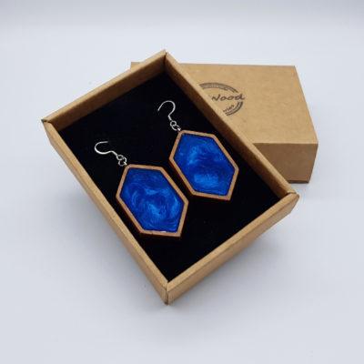 Σκουλαρίκια από υγρό γυαλί μπλε μακρύς ρόμβος με ξύλινο πλαίσιο
