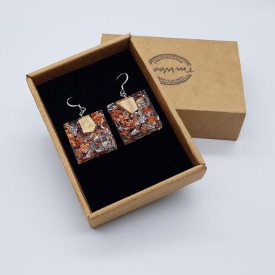 σκουλαρίκια από υγρό γυαλί τετράγωνα με φύλλα ασήμι , χαλκού και ξύλο ελιάς