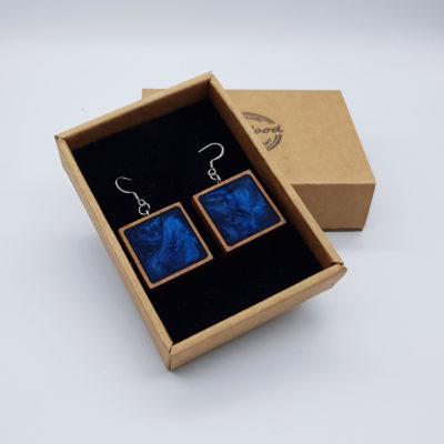 Σκουλαρίκια από υγρό γυαλί σκούρο μπλε τετράγωνο με ξύλινο πλαίσιο